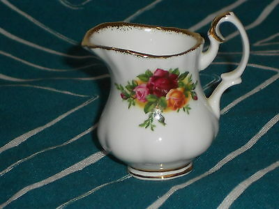 Royal Albert Old Country Roses RARE Miniature Milk Jug mint undermarked1962