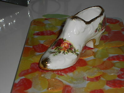 Royal Albert Old Country Roses Shoe undermarked