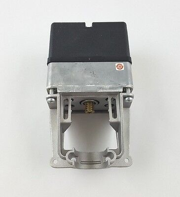 Honeywell Ml7984A4009 D Coupled Valve Actuator