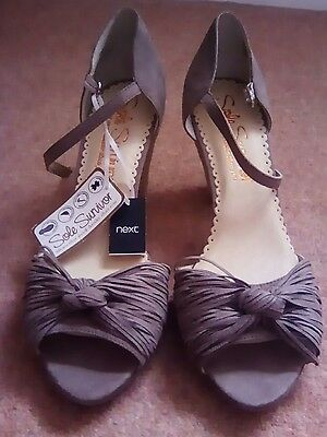Next summer sandals size 7 new with tags
