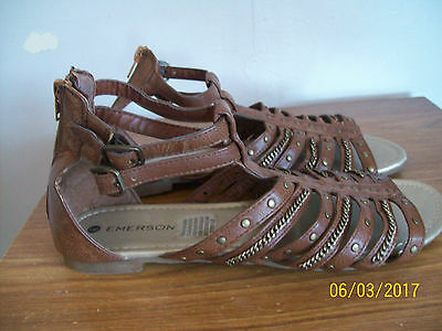 Brand New EMERSON Tan Strappy Sandals Size 9