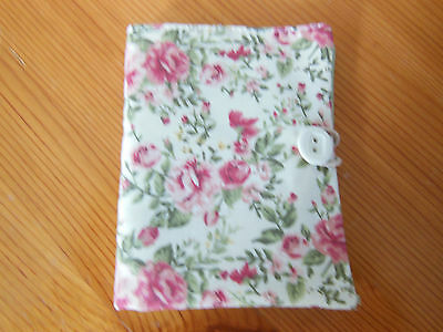 New Sewing Needle Case With Six Felt Leaves Velcro Fastening Cream Floral Fabric