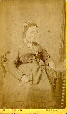 1890s cdv photograph by Houlson of Abergavenny portrait of a old lady