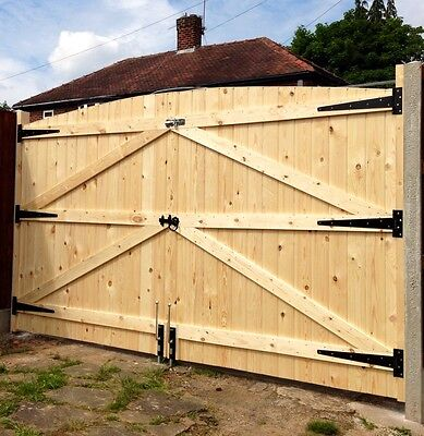 Made To Measure Gates And Posts