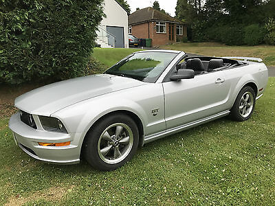 2005 Ford Mustang Gt Convertible 4.6 V8 Auto Low Milage Lhd