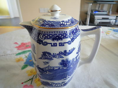 Lovely Wade Willow pattern Milk Jug for Ringtons