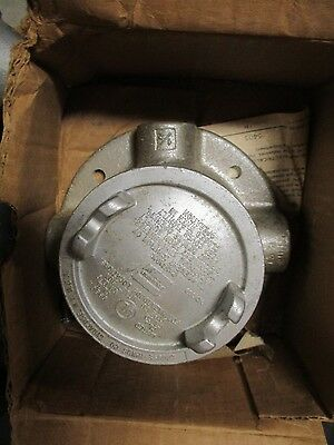 """Crouse Hinds Gufx16, 1/2"""" Outlet Box For Hazardous Location- New"""