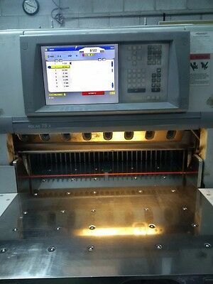 Printing Press 2004 Polar 78X Paper Cutter with air on bed