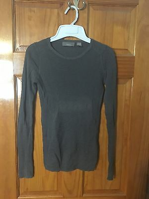 Vkoo Sweater Size Small Used