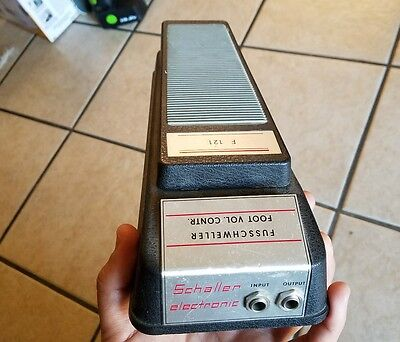 1 Vintage 1979 Schaller Volume Control Effects Pedal F 121 Moog Made in Germany!