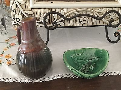 Two Pieces Of Australian Pottery Pokolbin And Tasmania