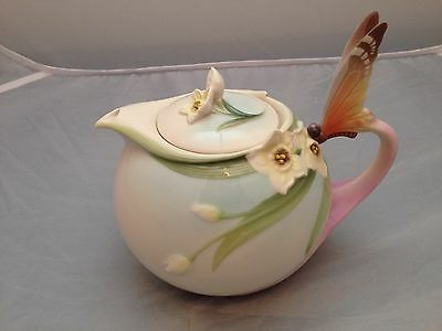 BNIB New FRANZ PORCELAIN TEA POT #XP1878 BUTTERFLY Enesco Ltd