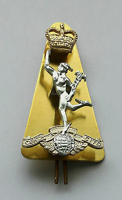 Royal Corps Of Signals Cap Badge, Regulation Issue