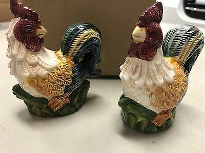 """VINTAGE """"JAY IMPORT"""" ROOSTER SALT and PEPPER SHAKERS/VERY NICE & NEVER USED"""