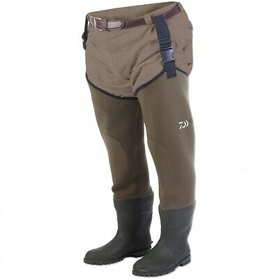 NEW Daiwa Neoprene Fishing Hip Waders Size 9 - DENH9
