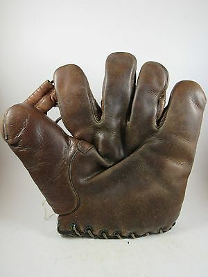 Vintage Stall & Dean? buckle back baseball glove