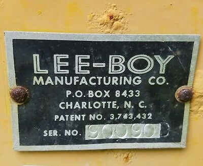 LEEBOY  Paving machine for repair or parts
