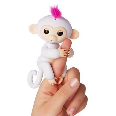 Fingerlings Baby Monkey - Sophie (White with Pink Hair) - English Edition