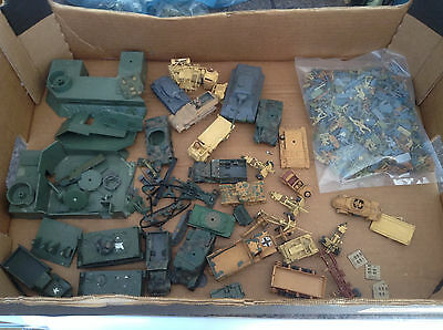 Large Job Lot Vintage HO / OO 1/72 Military ww2 Vehicles Tanks soldiers airfix +
