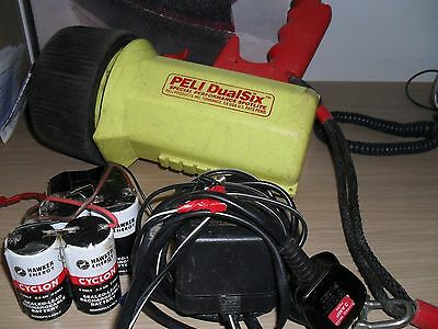 Diving torch Peli DualSix.made in USA.