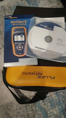 Fluke AirCheck Wireless Wi-Fi Tester Network Signal Strength Tester MINT!