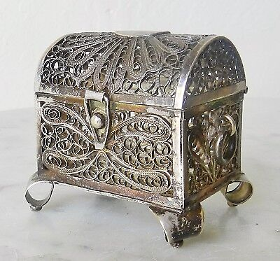 Antique Sterling Silver Filigree Treasure Chest Ring Jewelry Box Casket