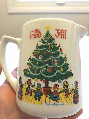 Vintage Berggren Porcelain Creamer God Jul Merry Christmas Swedish/Norwegian