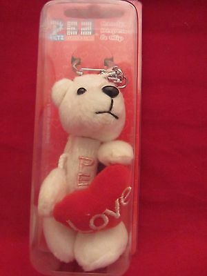 PEZ PLUSH CUDDLE CLUB POLAR BEAR Candy Dispenser 2006 Unopened   (X1115)