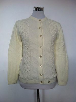 Vintage Womens Aran Cable Knit Alpaca Buttoned Sweater Cardigan / Size Small
