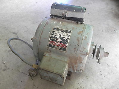 McColl 1 HP Electric Single Phase Motor AC,  Base Mounted. 2850 RPM..