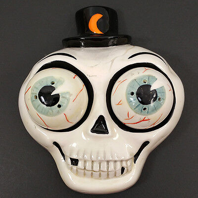 Department 56 Halloween Skull Salt and Pepper Eyeballs
