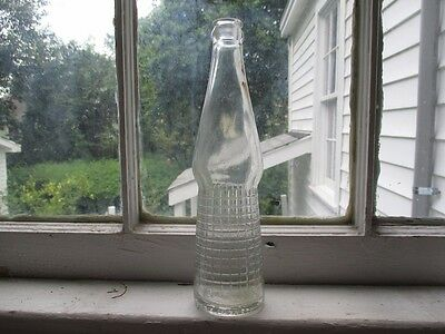 VINTAGE 1959 CANADA DRY Ginger Ale 10 oz Clear Textured Glass Bottle