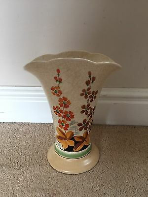 Tuscan Decoro Pottery Floral Vase Made In England 1920s/1930s