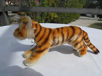 Steiff tiger button and flag mohair  made in Germany 1409
