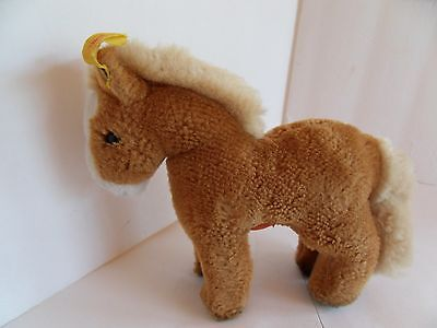 Steiff horse Pony button/flag made in Germany 1587