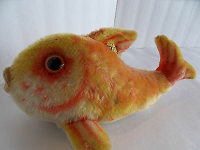 Steiff fish large mohair  button flag made in Germany 1511