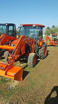 kubota tractor L5460 with loader and cab
