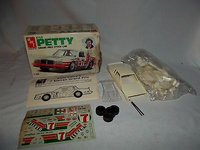 Vintage AMT ERTL Kyle Petty Grand Prix Nascar stock race car model kit 7-11 1983