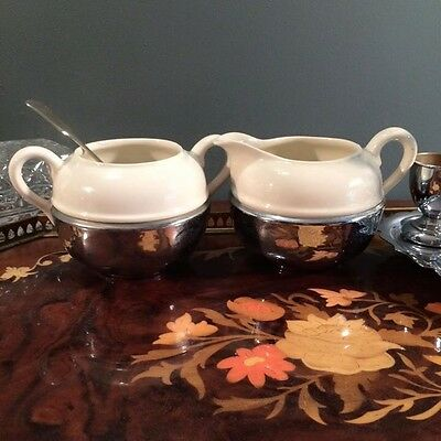 Stunning vintage 1920s cream/milk pourer and sugar bowl with spoon