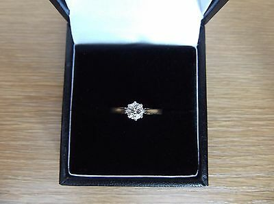Stunning 18ct Gold 0.30 Carat Diamond Solitaire Ring Size H