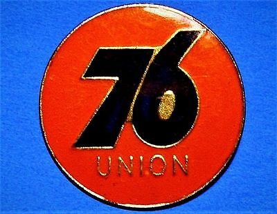Union 76 - Gas & Oil Compagnie - Gas Station - Vintage Advertising Lapel Pin