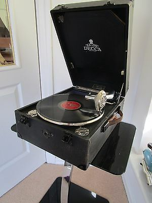 Vintage 1920s Decca Salon Portable Gramophone  Lovely clean Working condition