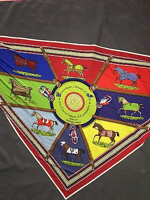 Triangle Foulard Hermes  Soie Couvertures Tenues 2010 Jersey Scarf Collector