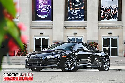 2010 Audi R8 V10 Quattro 2010 Audi R8 5.2L V10 - Recently Serviced & Inspected by Audi!