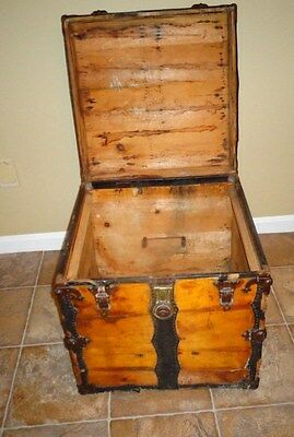 Hope chest Trunk Vintage Furniture Located just off of Interstate 81 PA exit 24