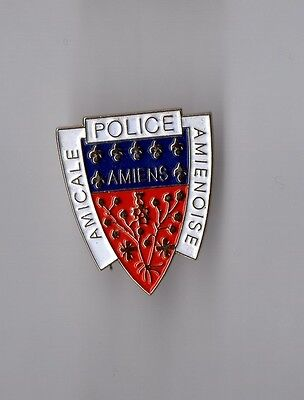 Pin's police d'Amiens (Somme) - blason amicale amienoise