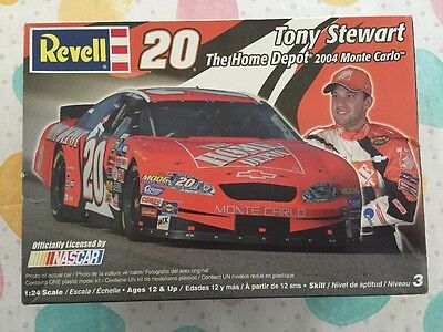 new REVELL Tony Stewart 20 Home Depot Monte Carlo 1:24 scale model Chevy NASCAR