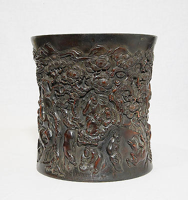 Well  Hand  Carved  Chinese  Hard  Wood  Brush  Pot     M981