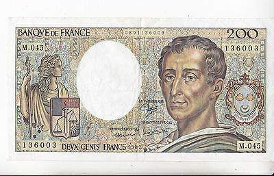 Billet De 200 Francs Montesquieu .1982  M-045
