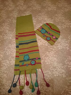 Girls hat and scarf set age 4-6 Adams